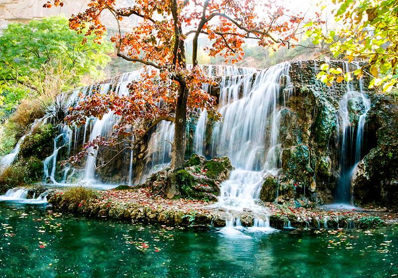 河北平山沕沕水五彩瀑