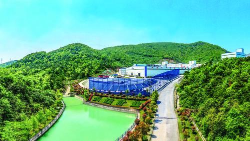 安徽:绿水青山带笑颜