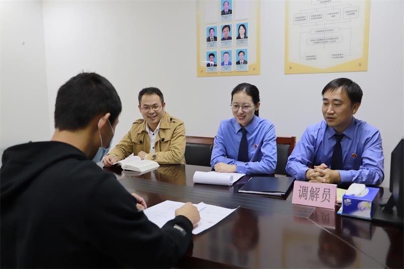 """无锡惠山:刑事速裁""""四化""""举措 让公正更快实现"""